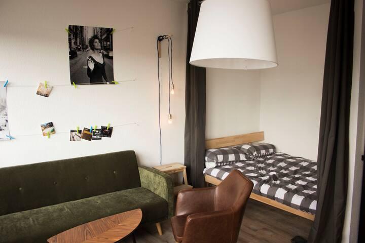 Stylish studio apartment in Neukölln