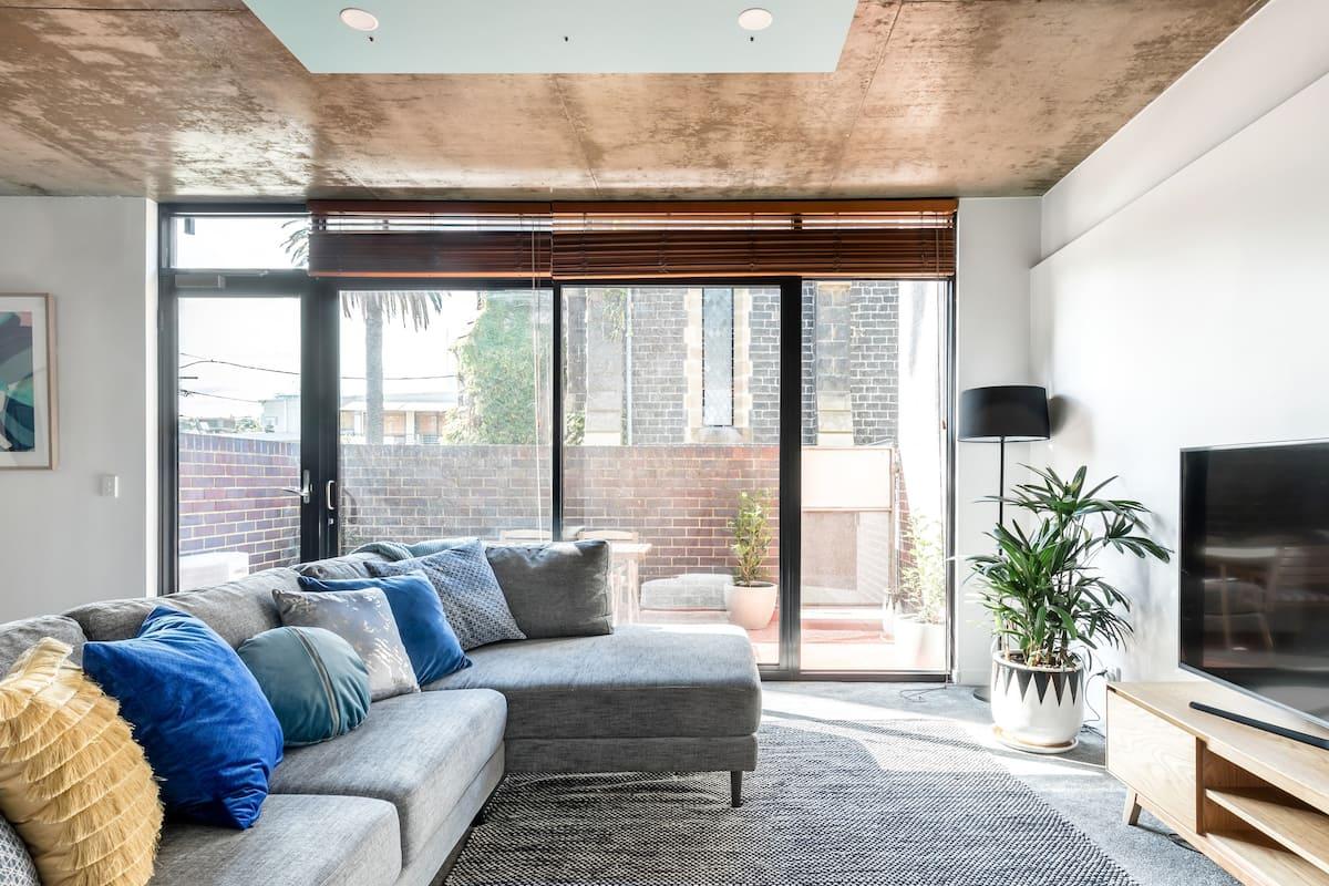 Fantastic Apartment on Paris End Fitzroy Street
