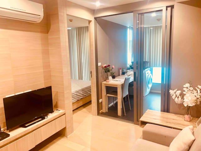 1BR SILOM- Central, fully furnished/Silom MRT/BTS