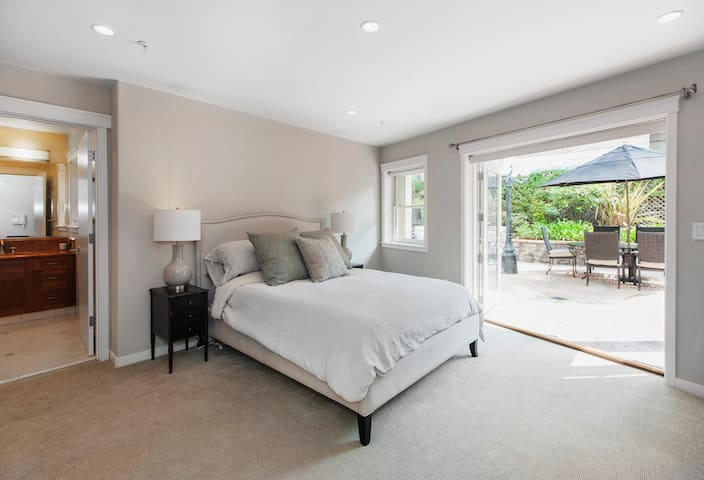 Private Guest Suite in lovely Noe Valley