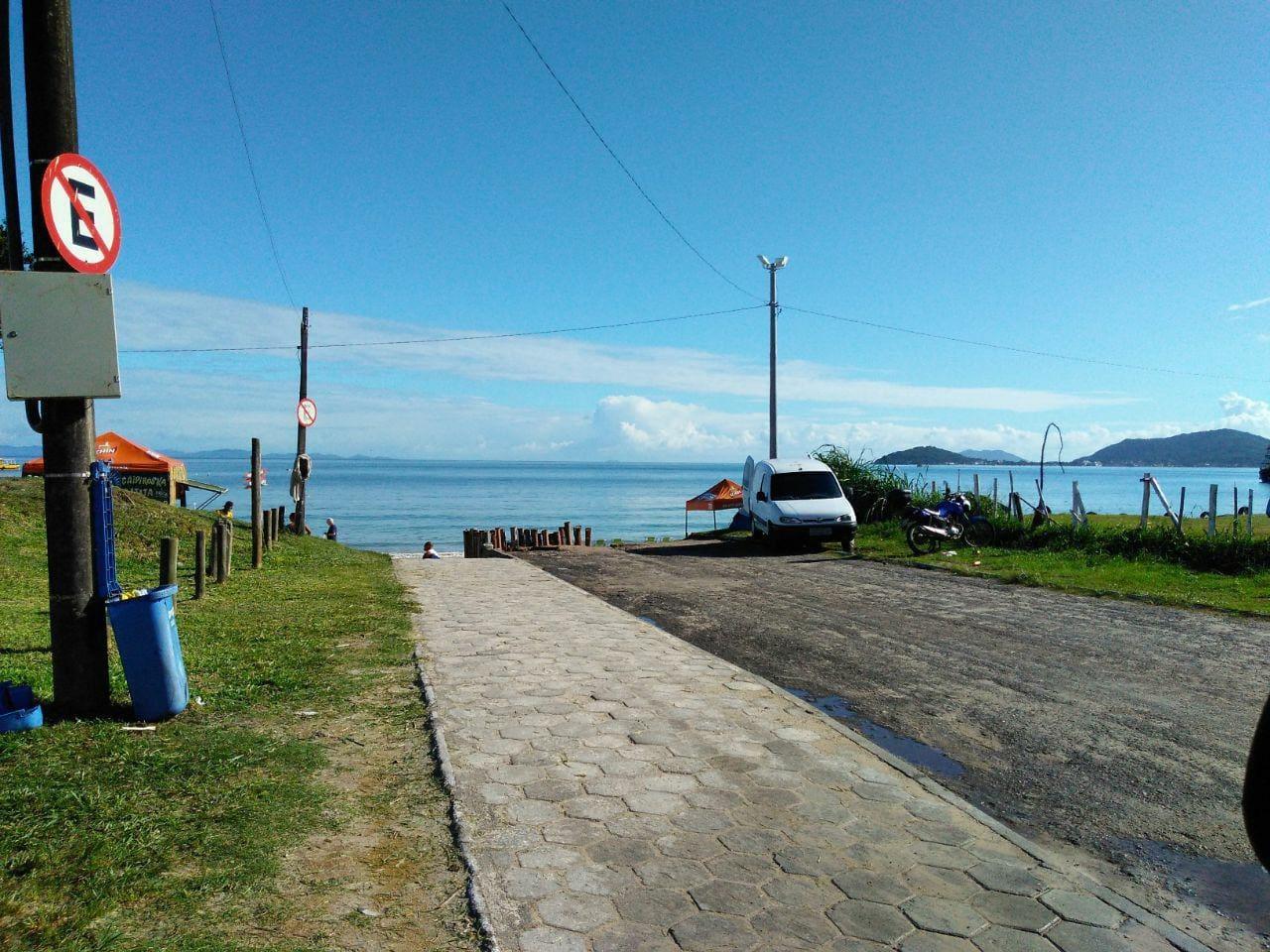 Otimo apartamento muito bem localizado no bairro de canasvieiras, Florianópolis.