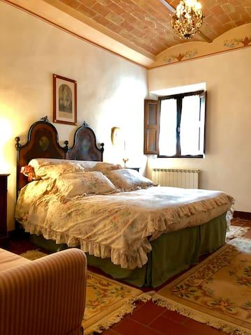 Bedroom 1 Le Carrozze