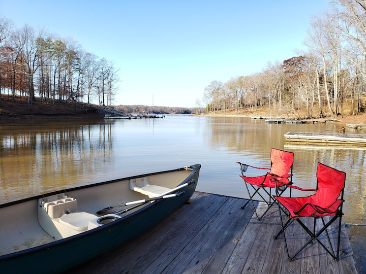 Perfect Getaway - Waterfront w/ Private Dock
