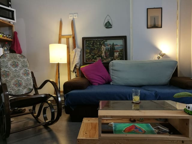 Small Great loft near florentin