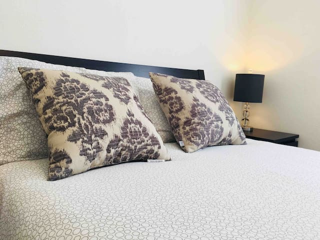 Clean and cozy room #2 near apple park