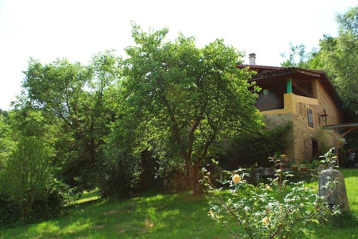 Maison Atypique Chez Tival