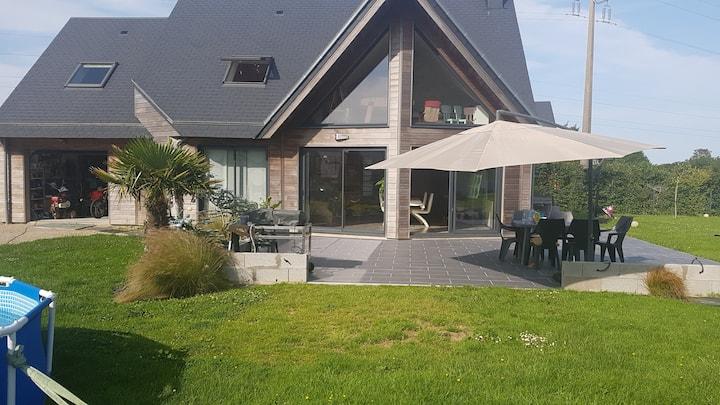 Jolie Maison en bois proche de Cherbourg