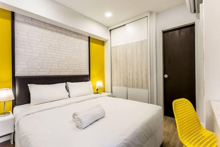 Resort-Style Duplex D'Latour Bandar Sunway