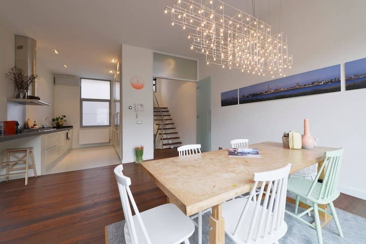 Private spacious house at trendy Antwerpen-Zuid