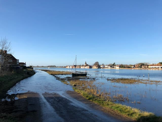 Bosham waterfront cottage.  View from cottage pic1