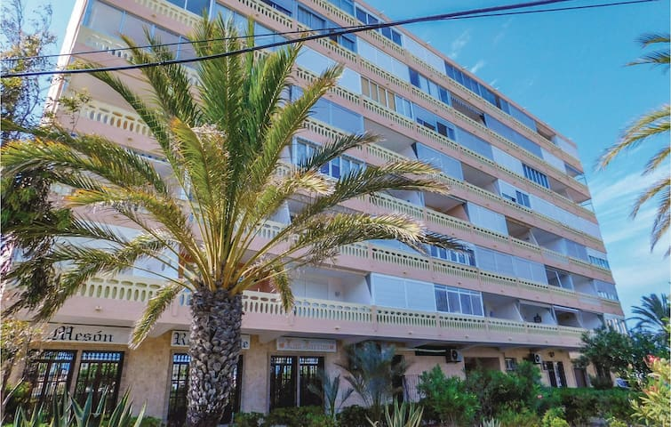 Holiday apartment with 1 bedroom on 38m² in Torrevieja-La Mata