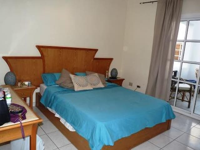 Delta Sharm 2 Bed Top Floor 103m2 + Balcony - South Sinai Governorate - Lakás