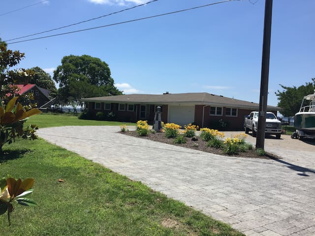 York River Vacation Home