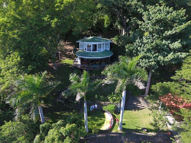 Enchanted Blue Lagoon Treehouse - Granada - House