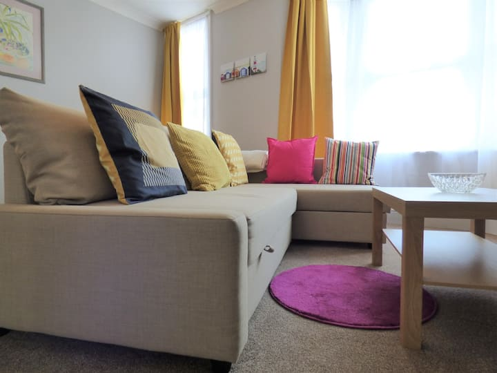 Superb, central 1 bedroom apartment