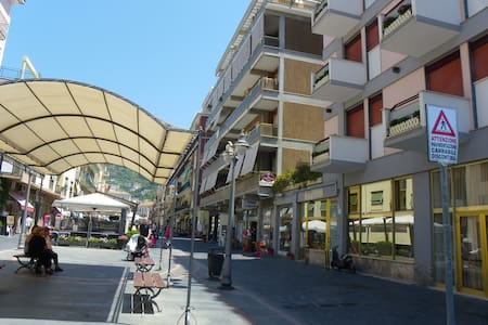 Appartamento al Corso - Maiori - Lägenhet