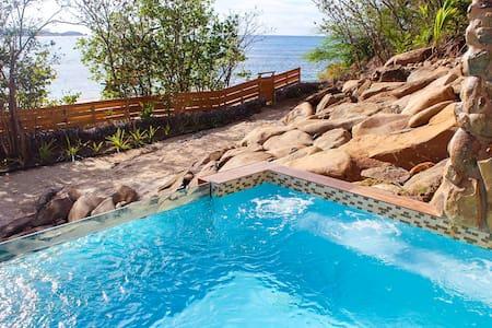 Punta Flamenco – Luxury Beach Villa