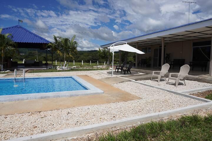 Casa Relax Curubande. Piscina, rancho, A/C