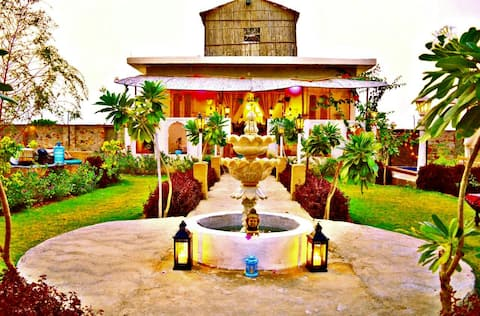 ★HillTop FARM ★Villa Container House POOL BARBQ ★