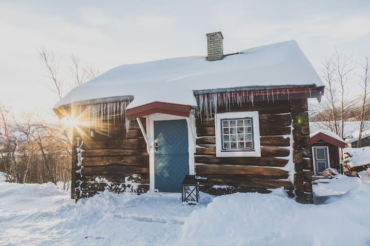 Old timber cabin, Geilo - Hol - Cabin