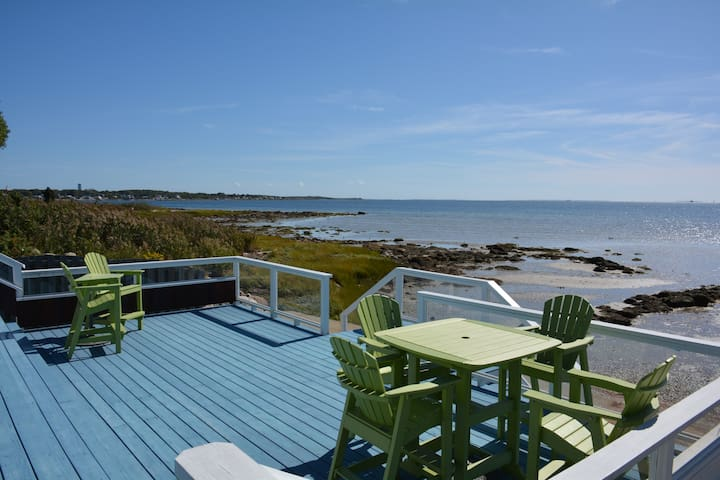 Beautiful Beach House overlooking Buzzards Bay