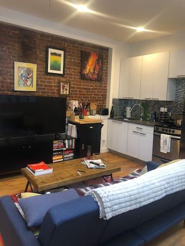 Cozy Private Room in BK