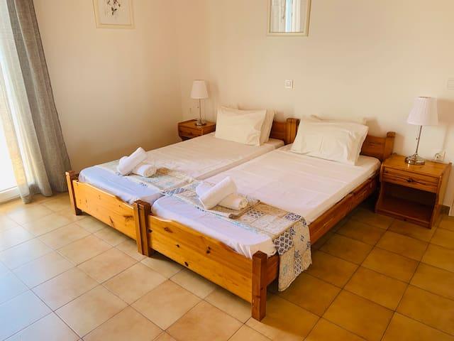 Apartment Ornos Bay Mykonos 2