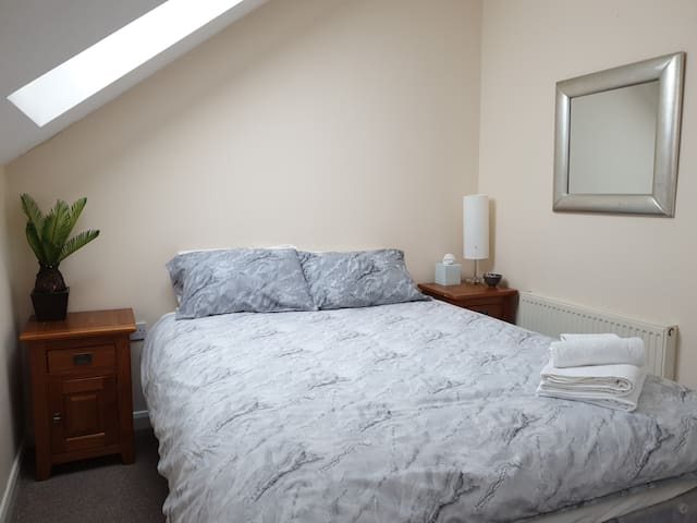 Opal Home Stay Double Room Nottingham