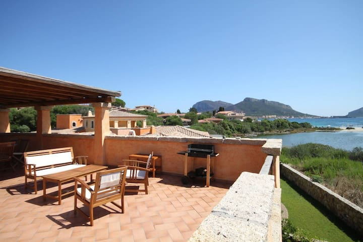 Villaggio Perlacea - Sea view&Terrace ideal for 6 - 100 mts from the beach