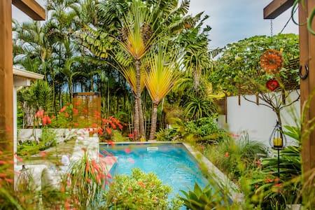Villa charmante & piscine chauffée - Le Tampon