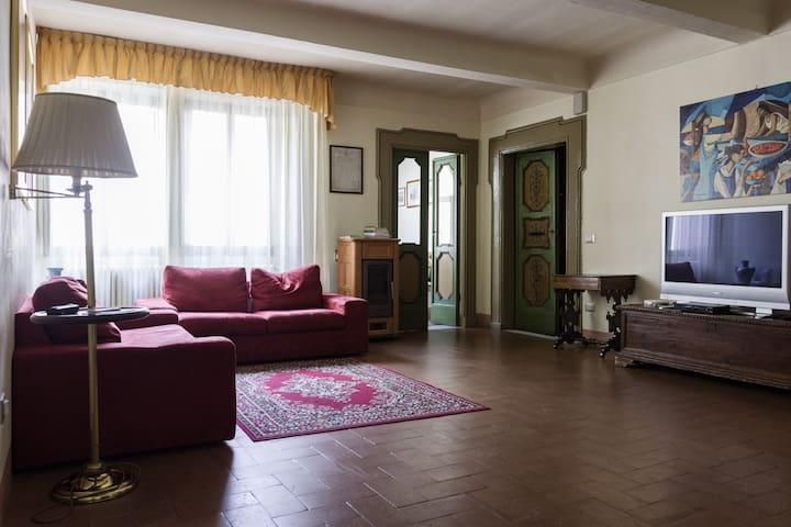 Casa Ferroni