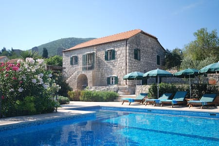 Exclusive luxury villa with pool. - Mali Ston