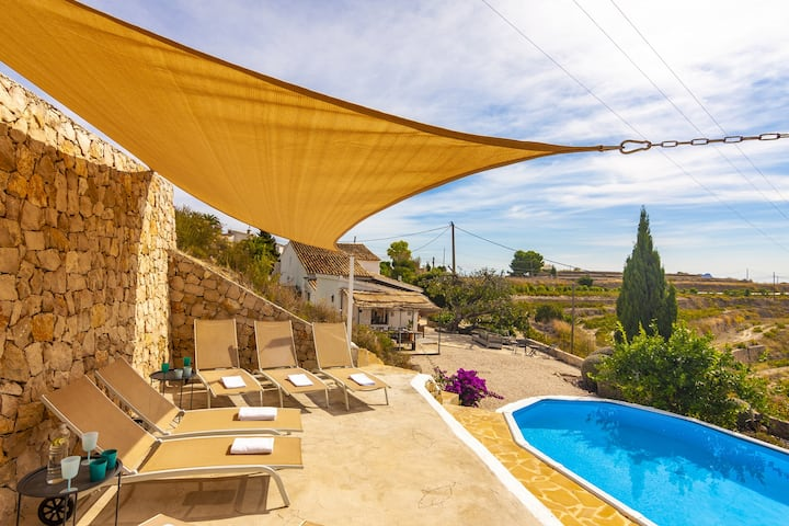 FINCA MARRANCHO,Charming rustic finca in Benissa with private pool, free WIFI