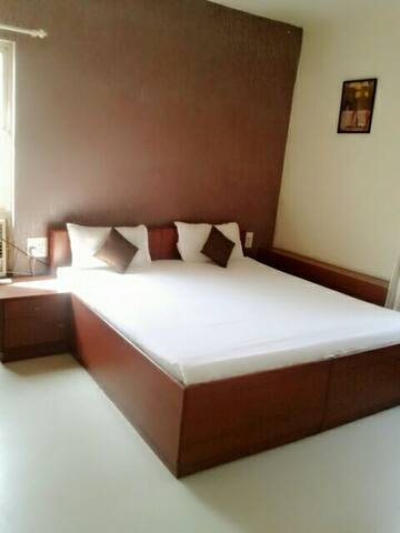 Luxury room in Karve road