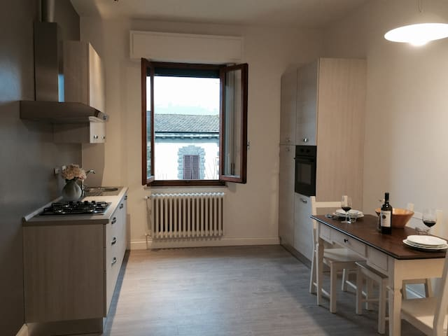New flat between Florence & Chianti - Tavarnuzze - Apartament