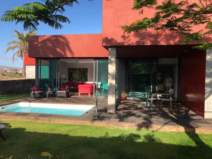 Villa Tabaibas 3 en Salobre Golf, Piscina privada