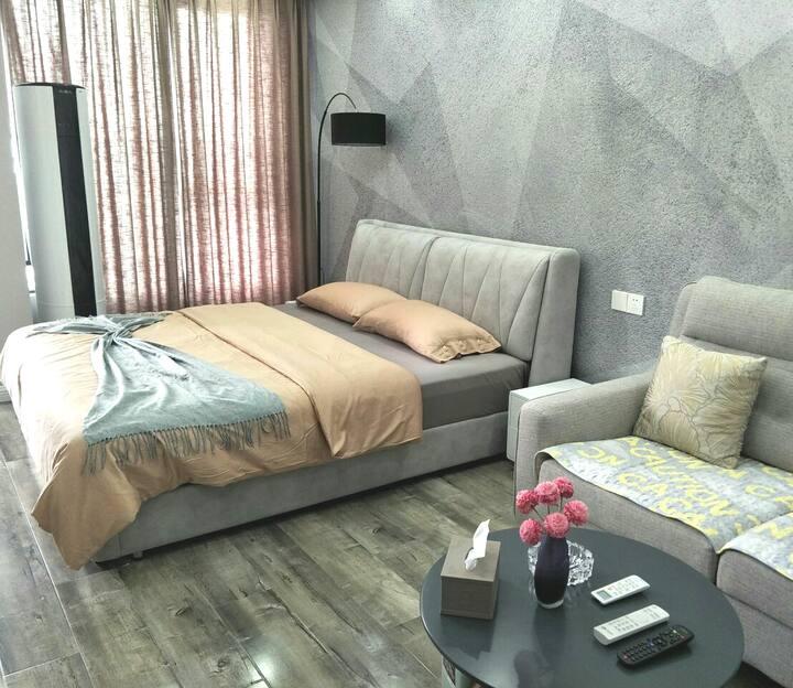 苗侗风情园附近未来城10栋馨公寓