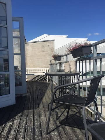 Apartment with ocean view. - 5500 - Flat