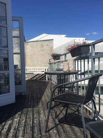 Apartment with ocean view. - 5500 - Huoneisto