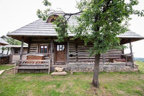 Casa din deal