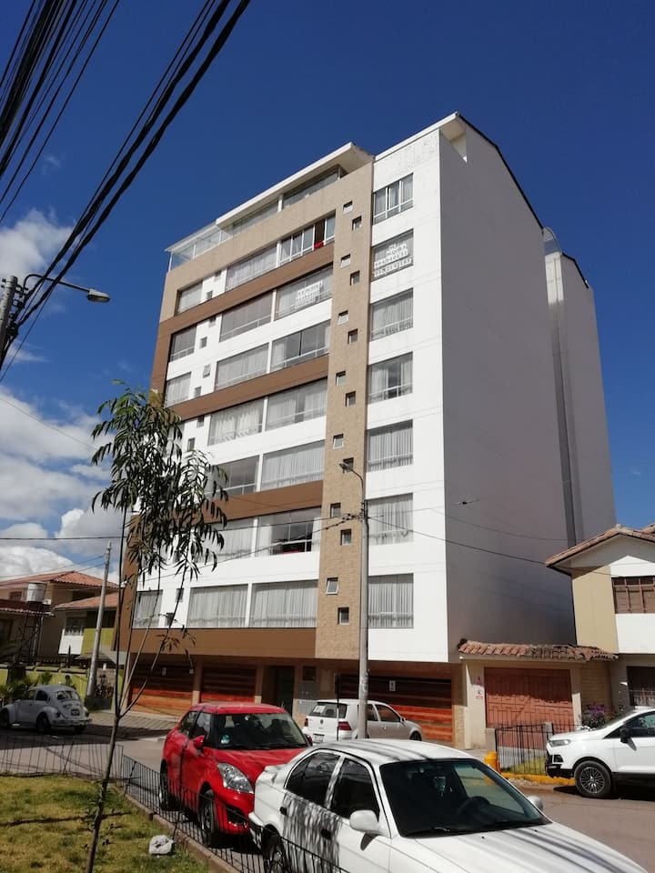 Cusco condominium for up to 6 guests for 4+ months