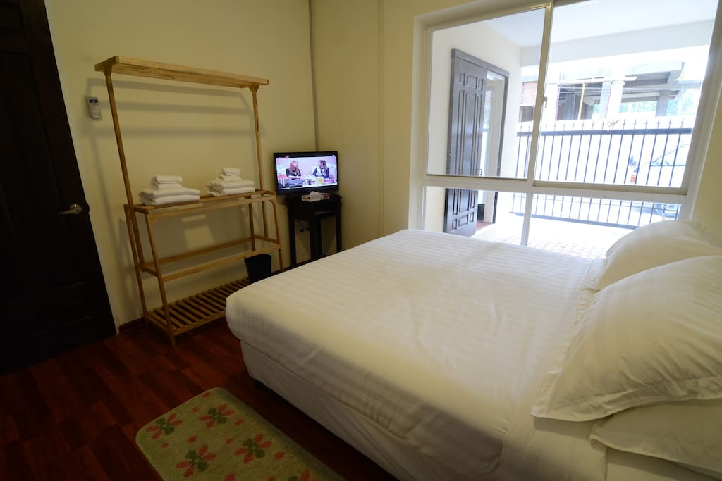 Bedroom 2- Double Bed