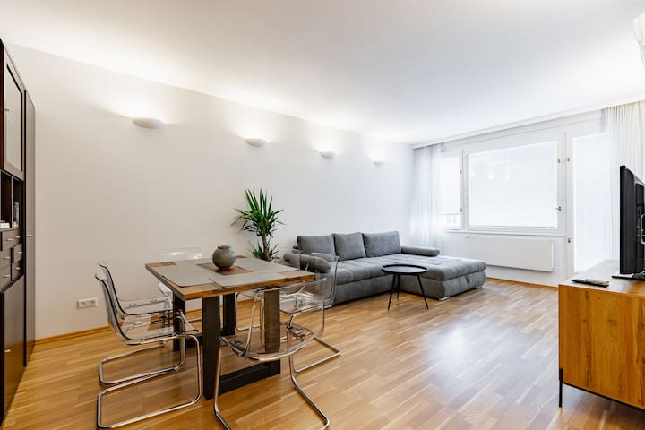 Charming and spacious apartment near Stephansdom