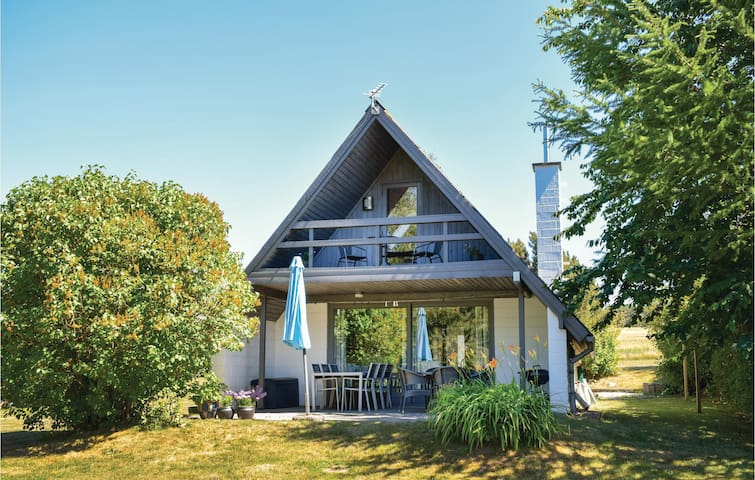 Holiday cottage with 3 bedrooms on 81m² in Knebel