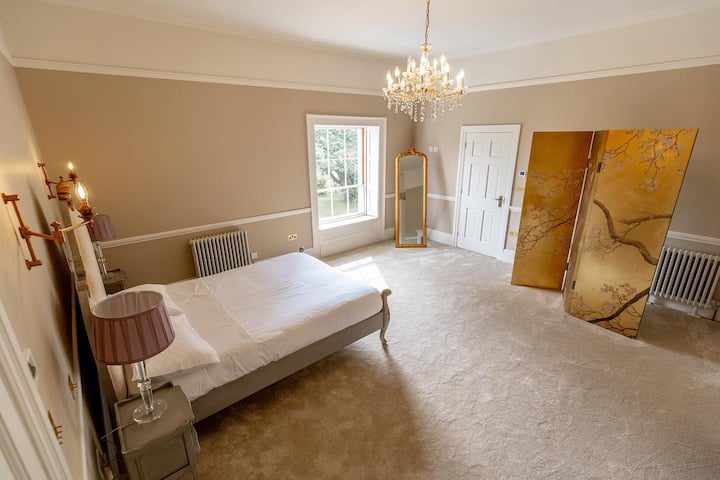 Luxury Country Bed and Breakfast The Wallis Suite