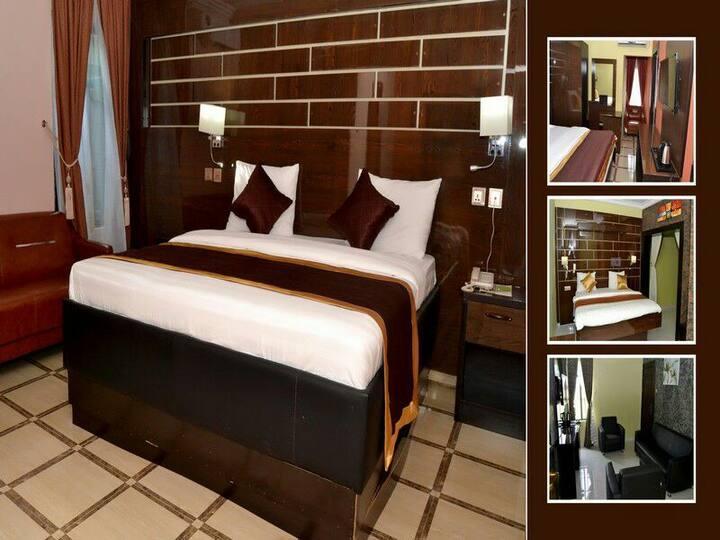 St. Regis Hotels & Resorts - Executive Duluxe