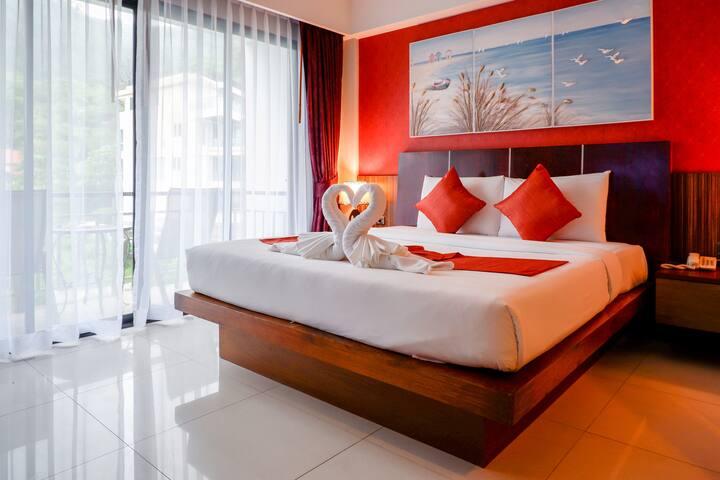 Romantic Pool View Room - 5 Mins to Kalim Beach