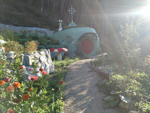 Magic Underground Hobbit Hole @MMV Ecovillage
