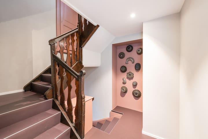 Treppenhaus mit privatem Zugang