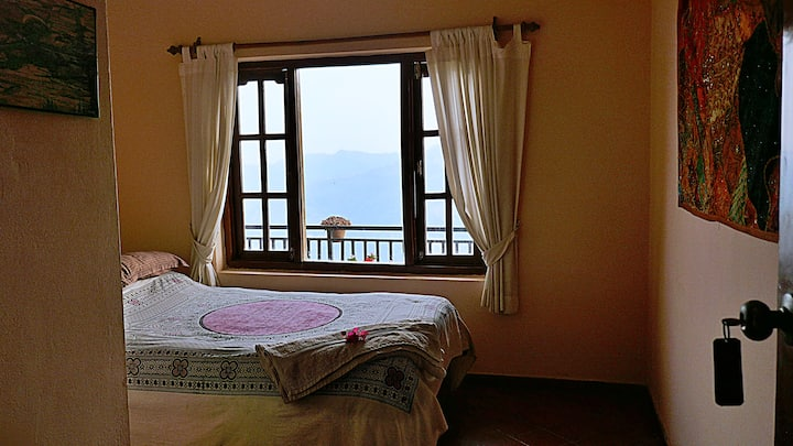 Peace Dragon Lodge - Double Room with Valley View
